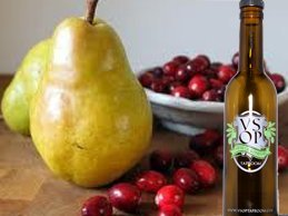 Product Image 1: VSOP Cranberry Pear Aged White Balsamic Vinegar of Modena (750 ml / 25.36 oz)
