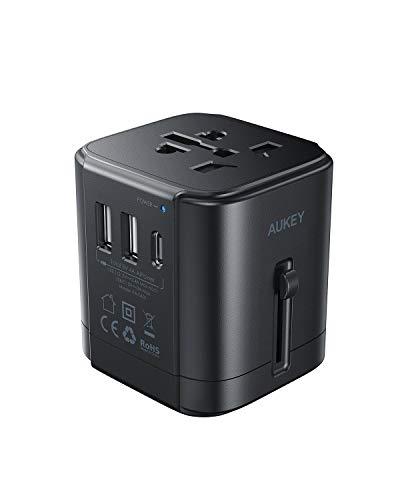 Reiseadapter Weltweit, AUKEY Universal Reiseadapter, Internationaler Netzadapter 1380W mit 1 USB C + 2 USB Ports 4.8A - Stromadapter Stecker für 200 Länder, USA, Australien, UK, Europa, Singapur, usw