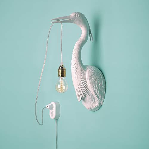 Jasmin Djerzic verlicht je huis met de uitzonderlijke Flying Dutchman Deze wandlamp in de vorm van een reiger is verkrijgbaar in wit, zwart en roségoud, kunsthars, 240 W