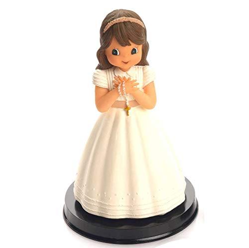Figura tarta niña Comunión con vestido beig, detalles a juego cuerpo y falda. Recuerdo pastel Primera Comunión chica.
