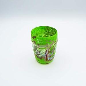 Vaso estilo: bocetos verde de cristal de Murano abierto a mano, envuelto con manchas y hilos opacos fundidos en su interior. Original Murano Glass. Fabricado en Italia.