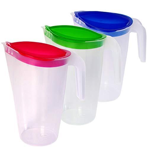 Home Line Saftkanne 1,5 L - 3er Set (blau, grün, rot) - Wasserkanne mit festsitzendem Deckel - Getränkekanne mit tropffreiem Außgieser - Wasserkaraffe Kühlschrankkrug Saftspender