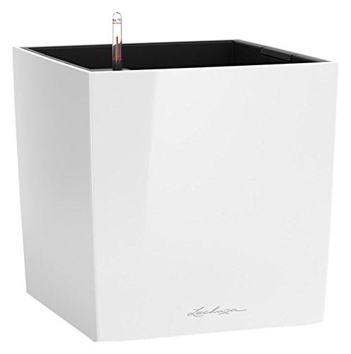 LECHUZA CUBE Premium 50, Weiß Hochglanz, Hochwertiger Kunststoff, Inkl. Bewässerungssystem, Herausnehmbarer Pflanzeinsatz, Für Innen- und Außennutzung, 16560