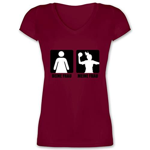 Handball WM 2019 - Deine Frau/Meine Frau Handball - XL - Bordeauxrot - T-Shirt - XO1525 - Damen T-Shirt mit V-Ausschnitt