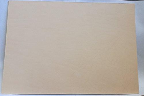 24x34 cm großer Lederzuschnitt, Blankleder, Dickleder, Punzierleder - kräftige, pflanzlich / vegetabil gegerbte Rindleder, Vollrindleder mit ca. 1,5 - 2 mm Stärke und unverfälschtem Narbenbild,