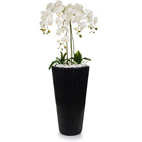 Gesteck künstliche Orchideen in schwarzem Hochübertopf - Gesamthöhe: ca. 140cm   Stoffblüten   Farbe: Weiß   Gesteck Orchidee Kunstpflanze Schmuck Blumen Arrangement Kunstblumen
