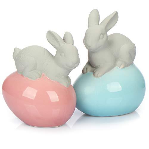 com-four® 2X Deko-Osterhase aus Dolomit - Dekofigur Osterhase auf glänzendem Osterei in blau und rosa - Deko-Hase für Ostern (Farbauswahl variiert) (2 Stück - Osterhase - Dolomit)