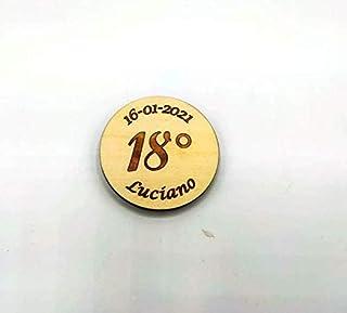 BOMBONIERA compleanno 18 anni Magnete calamita personalizzata nome e data SEGNAPOSTO legno