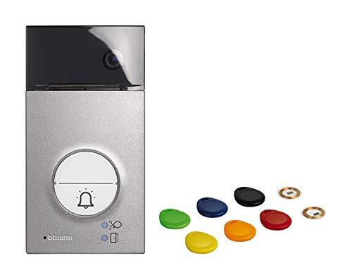 2-Draht Video-/Audio Türstation LINEA 3000 mit Transponder zur Türöffnung, Weitwinkel-Farbkamera und LED-Beleuchtung, 1 oder 2 Familienhaus, Schutzart IP 54, Schlagfestigkeit IK 10