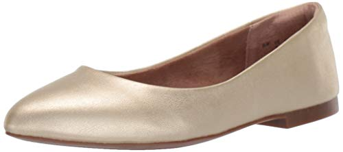 Amazon Essentials Women's Pointed-Toe Ballet Flat, Gold Faux Leather, 8 B US