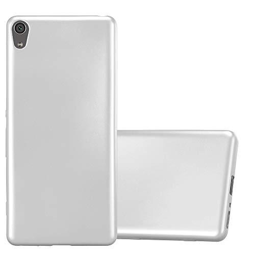 Cadorabo Hülle für Sony Xperia XA - Hülle in METALLIC Silber – Handyhülle aus TPU Silikon im Matt Metallic Design - Silikonhülle Schutzhülle Ultra Slim Soft Back Cover Case Bumper