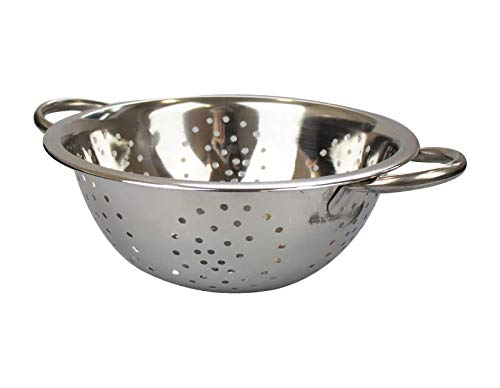 JJA Stainless Steel Colander with Handle, Easy Grip with Perforated. Strainer with Riveted, 25 cm BPA Free Professional Kitchen Colander, Great for Pasta, Vegetables and Much More