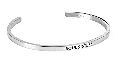 "URBANHELDEN - Armreif mit Gravur - Damen Schmuck Inspiration Freundschaft - Verstellbar, Edelstahl - Armband mit Spruch\""Soul Sisters\"" - Silber"