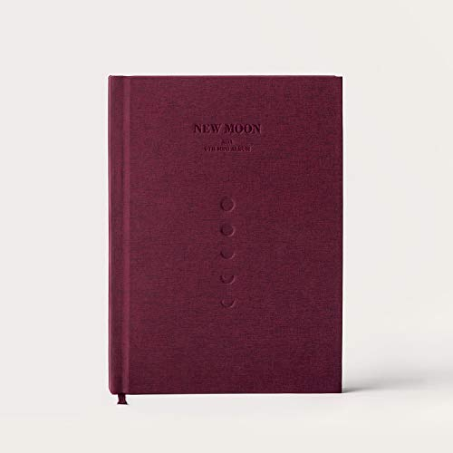 New Moon (incl. 128pg Booklet, Folded Poster, Concept Photocard +Photocard)