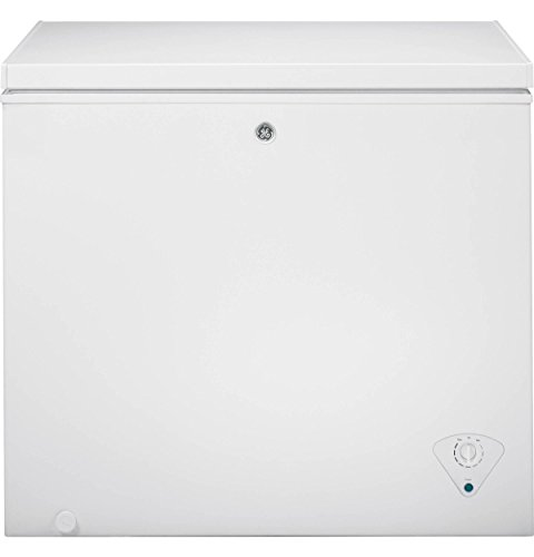 GE 7 Cu. Ft. White Chest Freezer