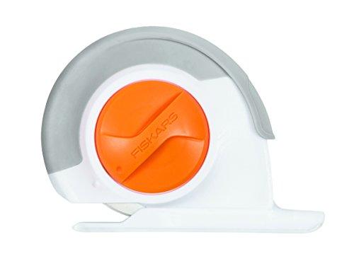 Fiskars Máquina para hacer felpilla tejida, 60 mm, Con Rueda de ajuste Rotatoria, para diestros y zurdos, Gris/Blanco/Naranja 1023906