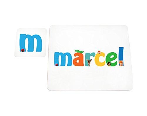 Little Helper MARCEL-COASTERPLACEMAT-15DE Set de Table et Dessous de Verre avec nom de Fille Finition Brillante
