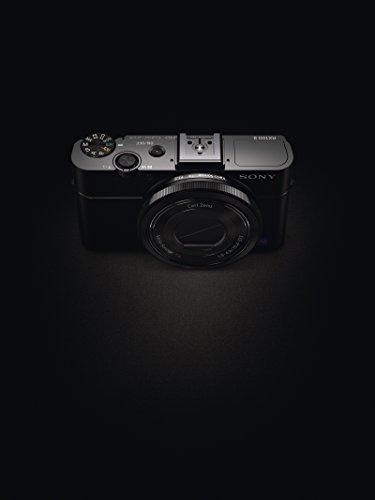 Sony RX100 II Premium Kompakt Digitalkamera (20 MP, 7,6 cm (3 Zoll) Display, 1 Zoll Sensor, 28-100 mm F1.8-4.9 Zeiss Objektiv, Wi-Fi, NFC) (DSC-RX100M2) schwarz
