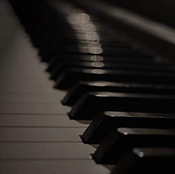 30 Beautiful Piano Compositions & Soothing Winter Melodies for a Warm Ambience