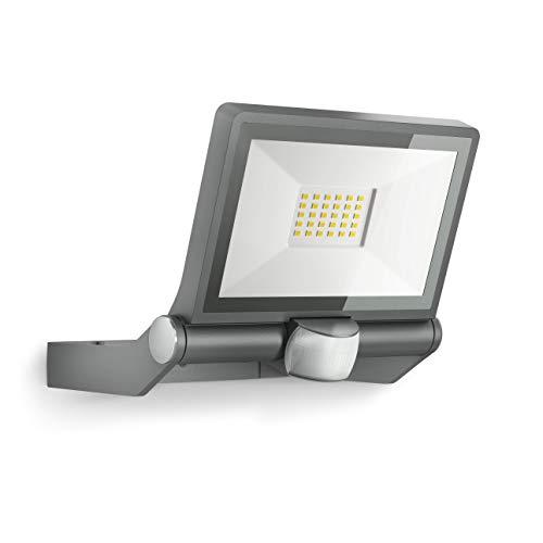 Steinel LED-Außenstrahler XLED ONE Sensor Anthrazit, 180°-Bewegungsmelder, 23,5 W, 2550 lm bei 3000K, für Zufahrt, Hof und Garten, 065249