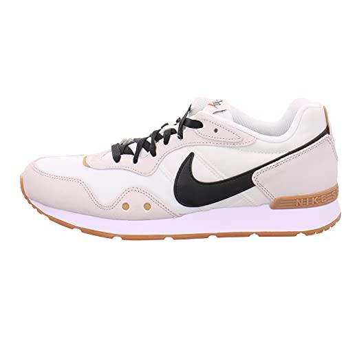 Nike Venture Runner, Scarpe da Corsa Uomo, Sail/Black-Light Bone-Gum Light Brown, 45 EU