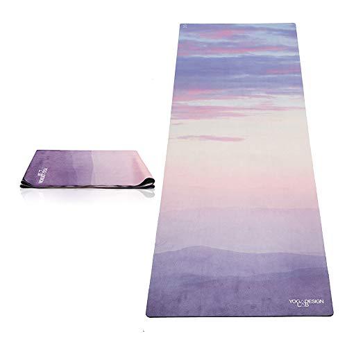 Yoga Design Lab Reise Yogamatte 1mm | Extrem leicht, Dünn, Faltbar, rutschfest, Waschbar | Guter Halt bei schweißtreibendem Sport | mit Tragegurt (Breathe)