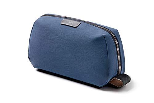 Bellroy Dopp Kit, neceser de tejido impermeable para viaje (cosméticos, perfume, kit de afeitado, peine, cepillo de dientes) - Marine Blue