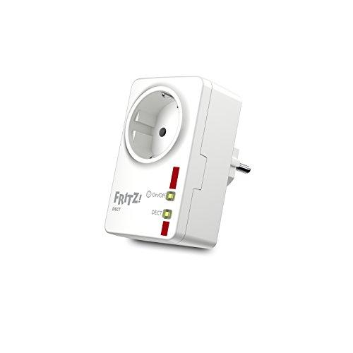 AVM FRITZ! DECT 200 Presa Elettrica Intelligente Internazionale, Amperometro, Timer, Accensione e Spegnimento da Remoto tramite App, Software e Istruzioni in Italiano