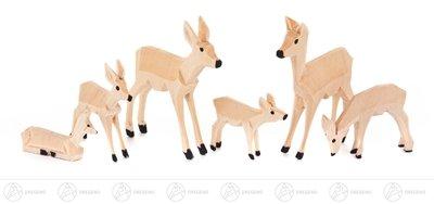 6 Holzfiguren Miniatur Rehe, geschnitzt – Holzrehe - Weihnachtsfiguren – Holzfiguren – Höhe ca. 3 cm - Erzgebirge – NEU