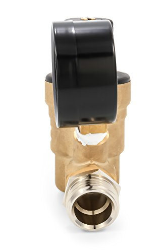 Camco 40058 Adjustable Brass Water Pressure Regulator - Helps Prevent Damage To Appliances and Plumbing Fixtures From High Water Pressure, Great for RVs and Boats