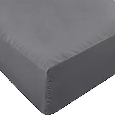 Utopia Bedding Fitted Sheet - Soft Brushed Microfiber - Deep Pockets, Shrinkage and Fade Resistant - Easy Care - 1 Fitted Sheet Only (Queen, Grey)