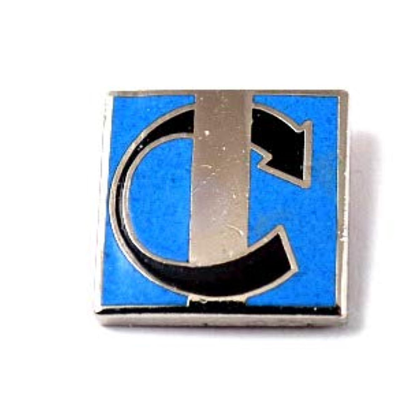 限定 レア ピンバッジ アルファベットCの矢印 ピンズ フランス 288361