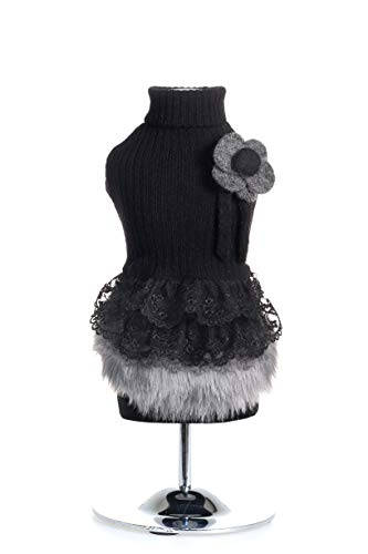 Trilly Tutti Brilli CornelianerXXS mantel van wol met bals van kant en hoofddeksel XXS, zwart