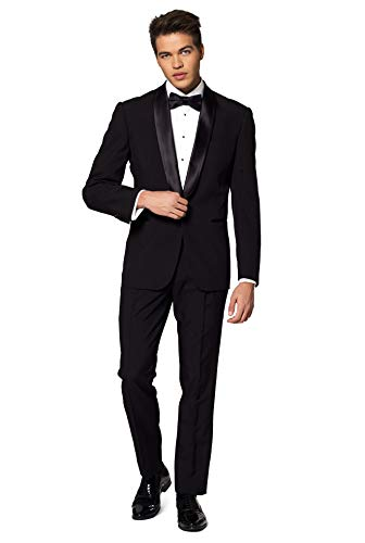 What Is Morning Suit at a Wedding?