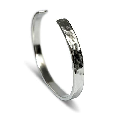 Sprezzi Fashion Modischer silber Herren-Armreif aus massivem 925 Sterling Silber (handgefertigt) Retro Armband größenverstellbar |minimalistischer Männer Schmuck aus Deutschland (gehämmert)