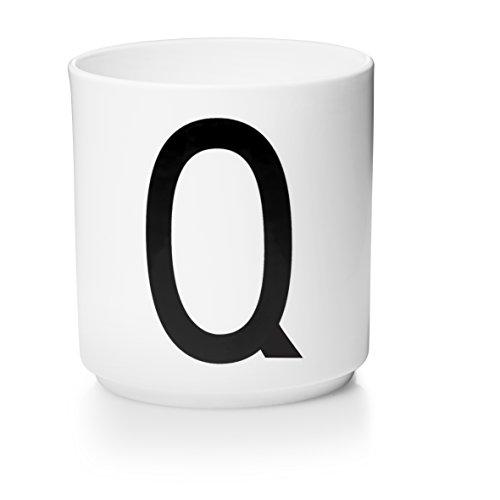 Design letters - beker - letterbeker - letterbeker Q - porselein - Arne Jacobsen