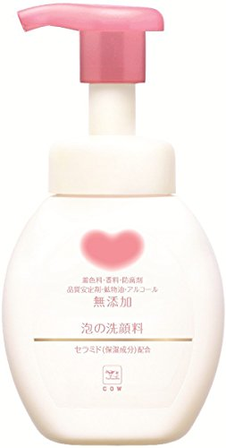 牛乳石鹸共進社『カウブランド 無添加泡の洗顔料』