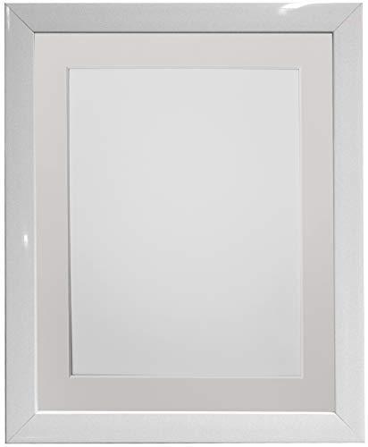 FRAMES BY POST Cornice portafoto in plastica con Supporto Avorio 30,5 x 20,5 cm, Dimensioni: 25,5 x 20,8 cm, Colore: Bianco, 14 x 11 Image Size 10 x 8 inch