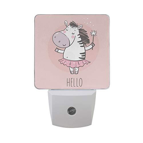 AOTISO Schattige kleine Zebra prinses met Fairy Stick Letter Hallo op roze Auto Sensor nachtlampje Plug in Indoor