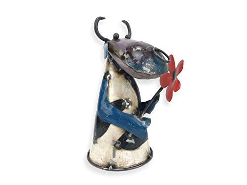 Crispe Dekofigur Zaunstecker Zaunfigur Kuh mit Blume aus Metall geformt, aus recycelten Materialien - jedes Stück EIN Einzelstück