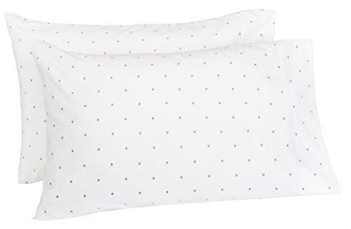 Amazon Brand – Pinzon 170-Gram Flannel Cotton Pillowcases, Set of 2, Standard, Grey Dot