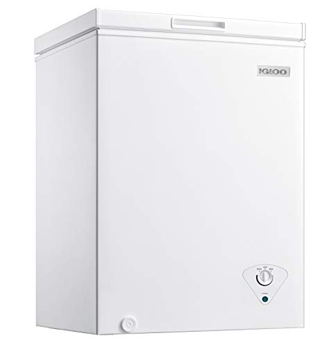 Igloo ICFMD50WH 5.0 Cu. Ft. Chest Freezer With Removable Basket Free-Standing Door, Temperature Ranges From-10° to 10° F, Front Defrost Water Drain, Perfect for Homes, Garages, Basements, RVs, White