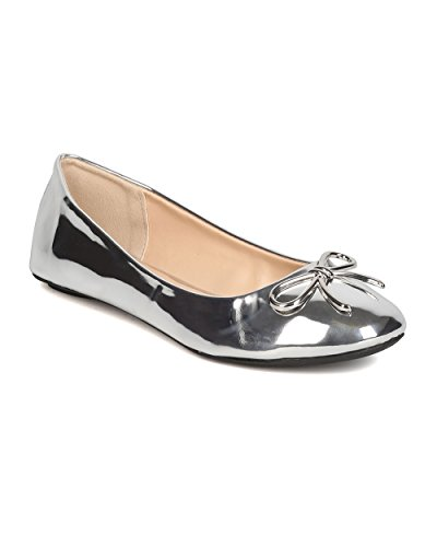 Qupid Women Metallic Leatherette Round Toe Bow Tie Ballet Flat GJ55 - Silver (Size: 7.0)