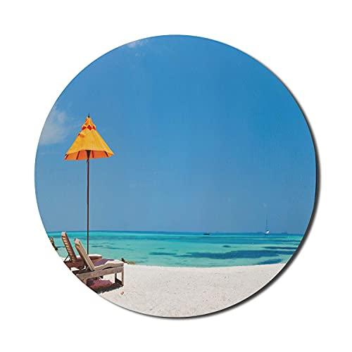 Strandmaus-Pad für Computer, hölzerne Liegestühle und Sonnenschirm auf den ruhigen Malediven, rundes, rutschfestes, modernes Gaming-Mousepad aus dickem Gummi, 8 'runde, seeblaue Ringelblume