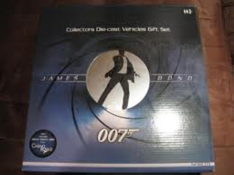 Corgi james bond 8 piece film canister gift set 2006 diecast model