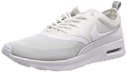 Nike Damen 844926-100 Fitnessschuhe, weiß/Silber/grau (White White Metallic Silver Wolf Grey), 41 EU