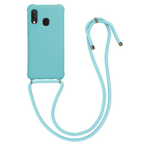 kwmobile Carcasa Colgante Compatible con Samsung Galaxy A20e - Funda con Cuerda de TPU Mate en Azul Claro