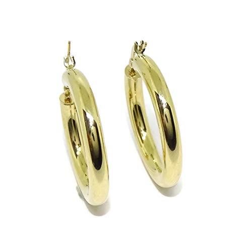 Pendientes aros de oro amarillo de 18k anchos, de 4mm de grosor y 2.80cm de diámetro exterior. 3.50gr de oro de 18k