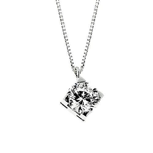 Collana con Pendente in Oro bianco 18 K e Diamante 0,18 ct