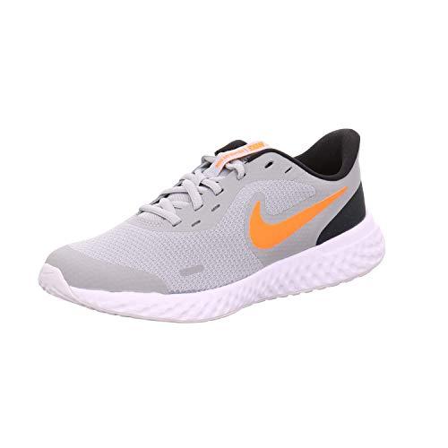 Nike Revolution 5 Big Kids' Running, Zapatillas para Correr, lt Smoke Grey/Total Orange-Black-WH, 39 EU